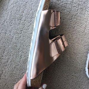 Birkenstock Shoes - Birkenstock Arizona Soft Footbed Rose Gold 37